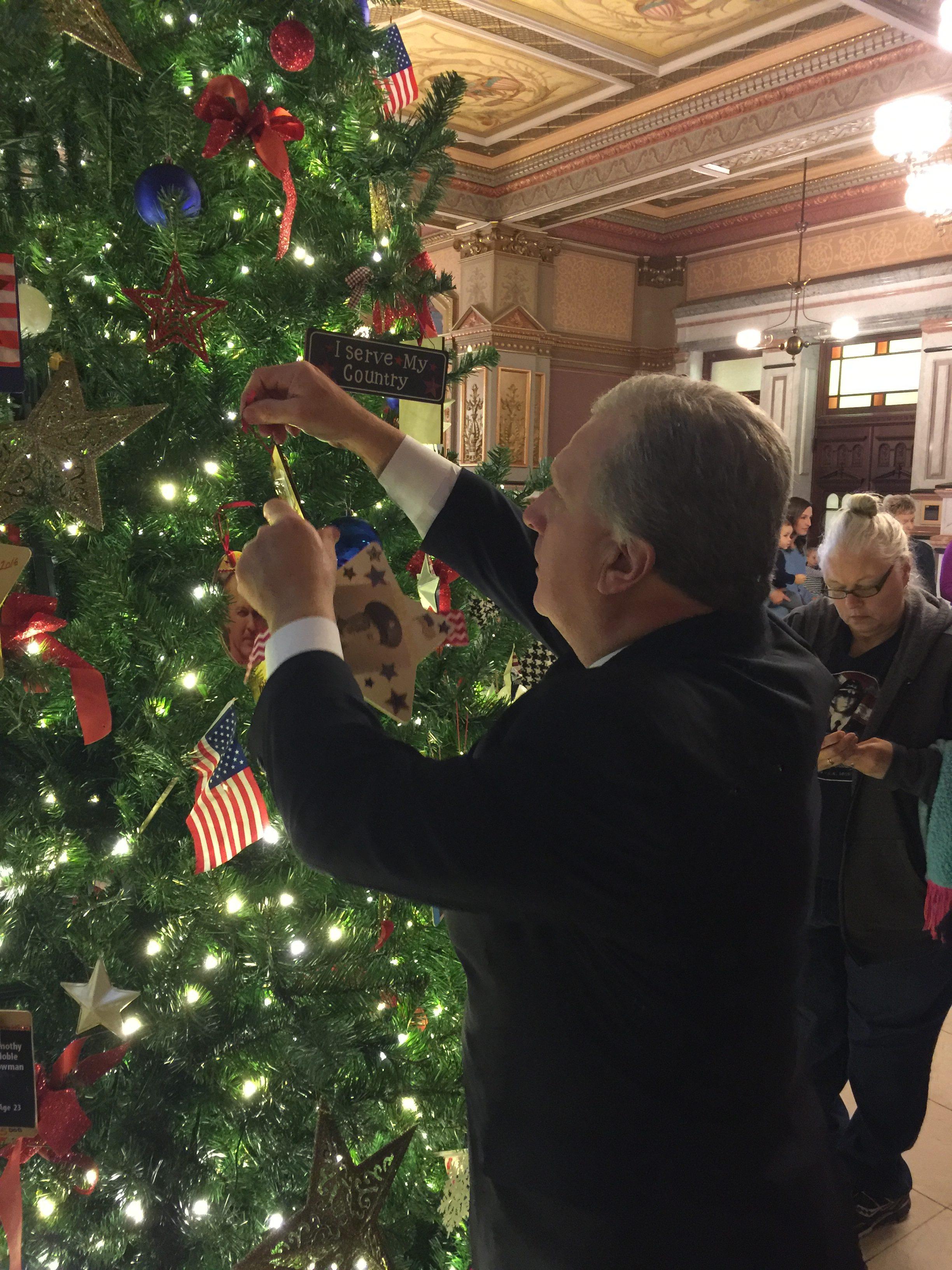 Tree of Honor Springfield IL 2017-17